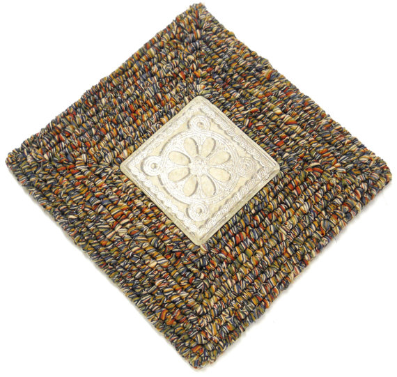 Trivet or Wall Hanging by Farm Country Crafts on Etsy - Locker Hooked with Yarn