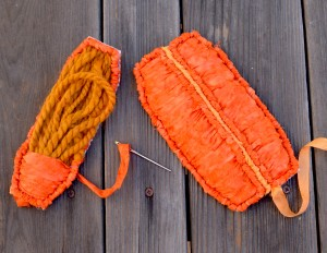 Ruched-frame-pumpkin-panel-locker-hooked-pattern-gocolorcrazy-blog