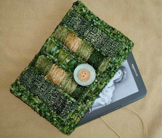 Locker Hooked Kindle Cover with Ruched Frames on Etsy by Fern Cottage Fiber Arts