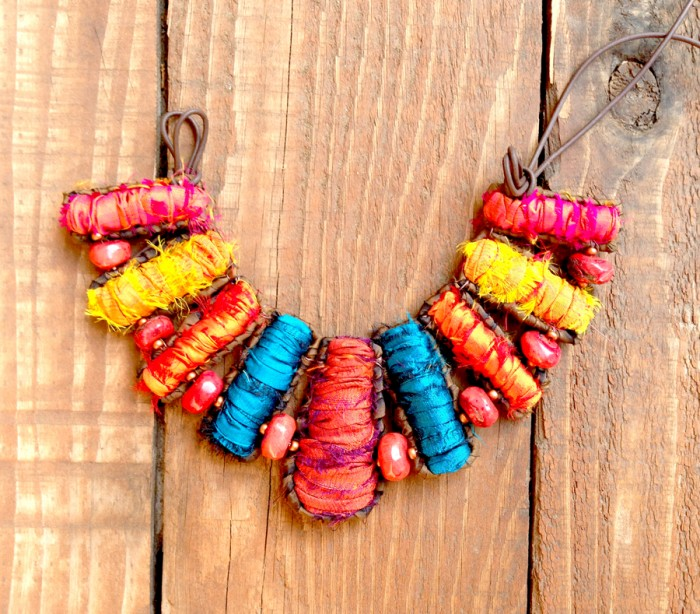 Cleopatra Fiber Gems Necklace
