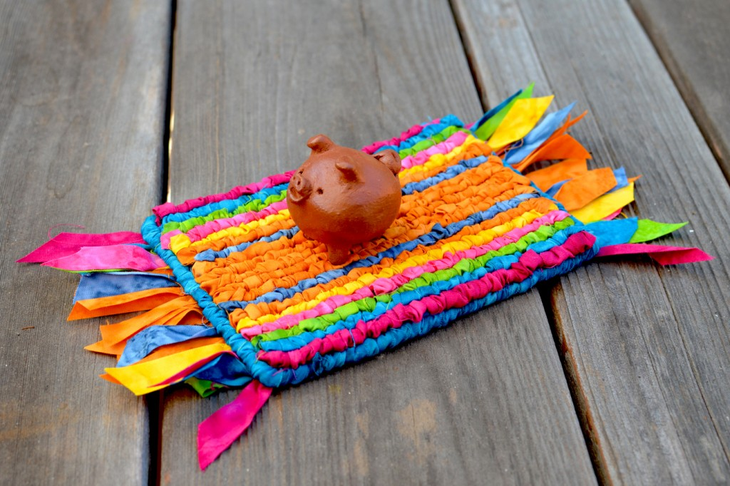 3-Legged Little Pig on a Magic Carpet