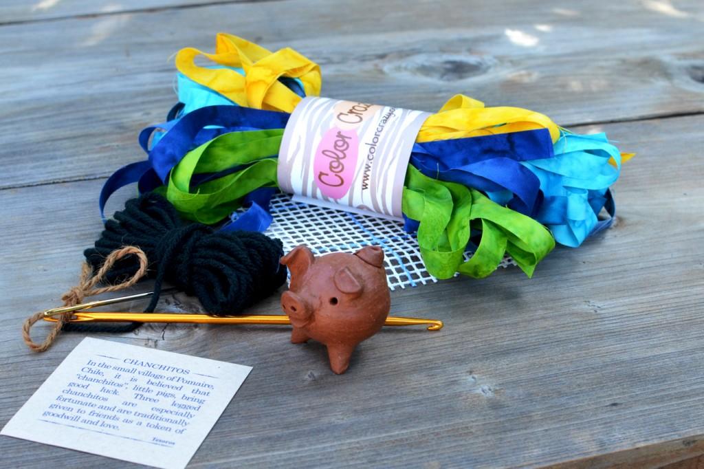 Locker Hooking Starter Kit - 3-legged Piggy on Magic Carpet