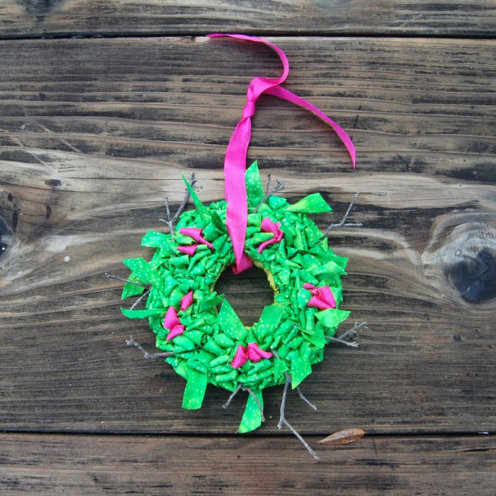 Ornament Locker Hooked Wreath